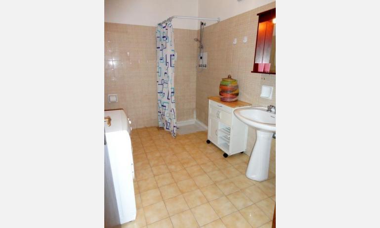 appartamenti ACAPULCO: bagno (esempio)