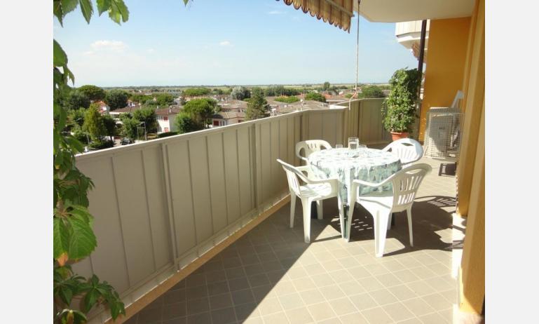 appartamenti AURORA: balcone (esempio)