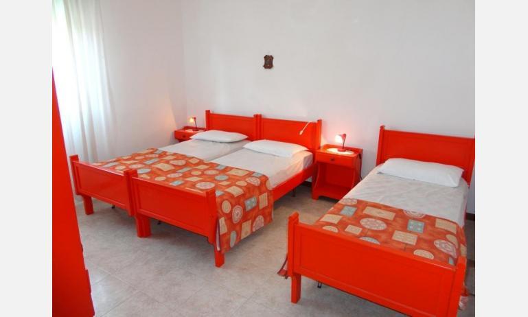 appartamenti MIRAMARE: camera (esempio)