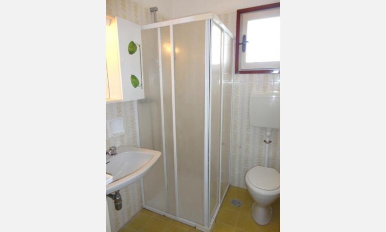 appartamenti LE PLEIADI: bagno (esempio)