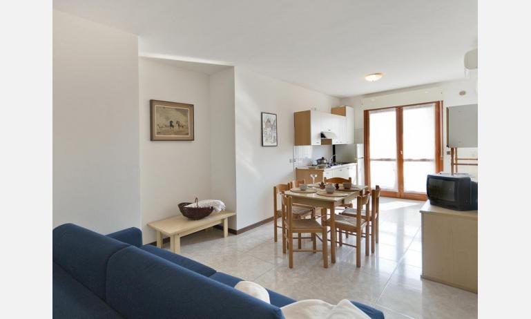 appartamenti DUCA DEGLI ABRUZZI: salon (exemple)