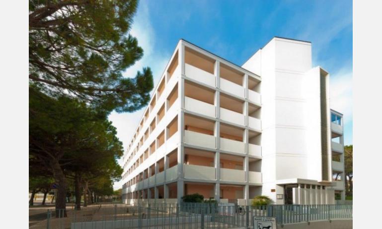 appartamenti DUCA DEGLI ABRUZZI: esterno condominio