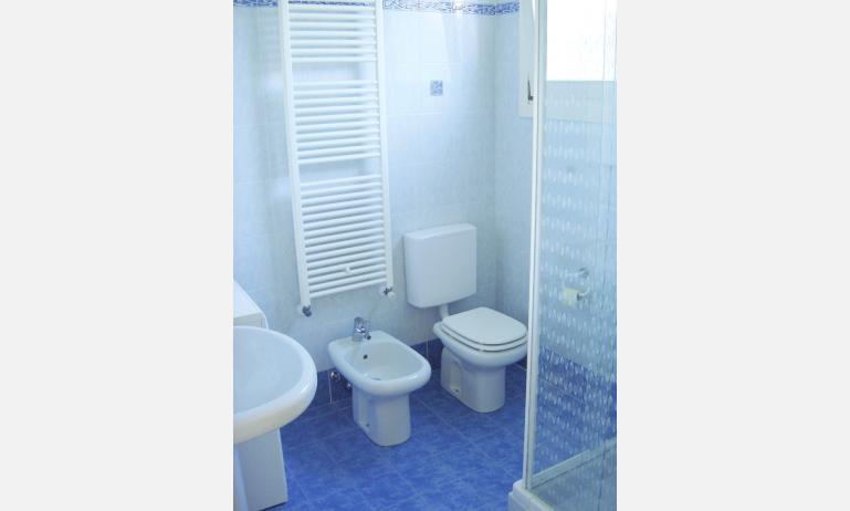 residence MARGHERITA: bagno (esempio)