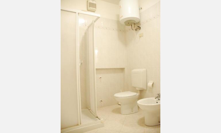 appartamenti VALLI: bagno (esempio)