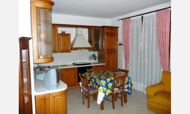 appartamenti RUBINO: angolo cottura (esempio)