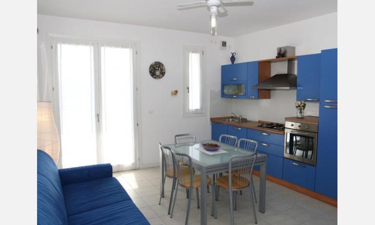 residence MARICEL: angolo cottura (esempio)