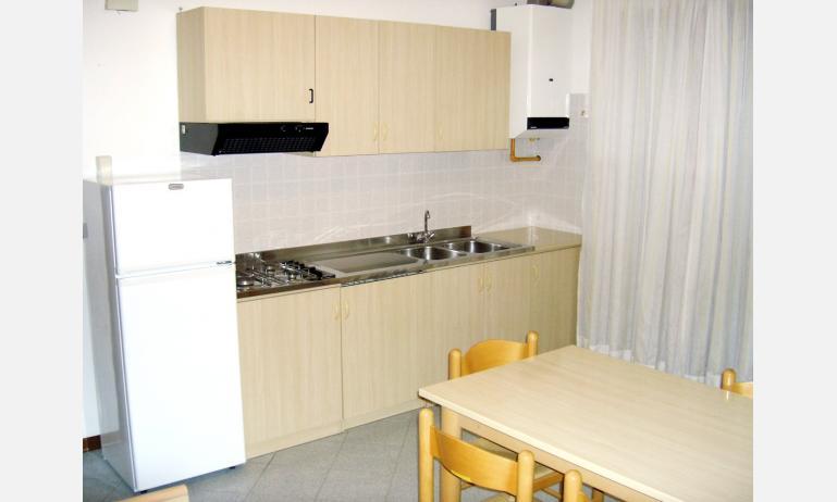 residence LIVENZA: angolo cottura (esempio)
