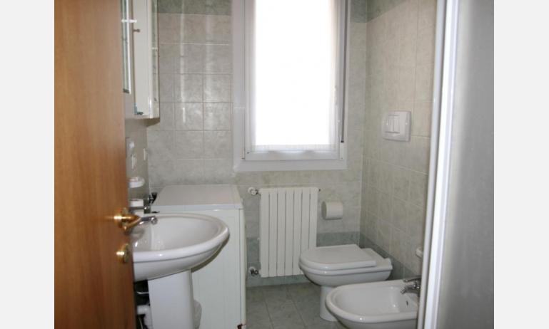 appartamenti RESIDENCE PLAYA: bagno (esempio)