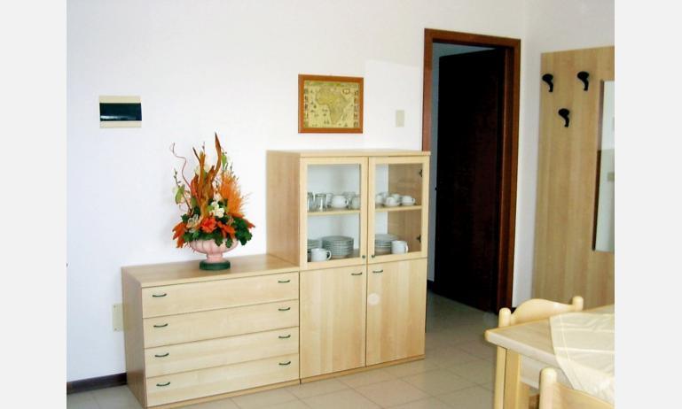 residence ALBATROS: soggiorno (esempio)