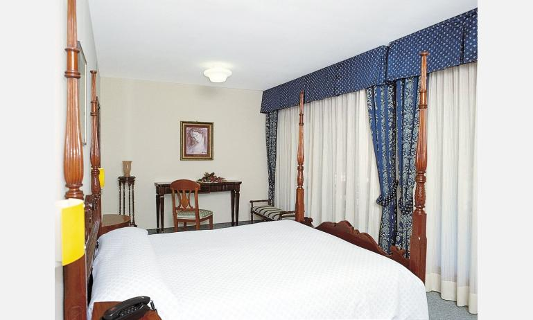 hotel AIRONE: camera (esempio)