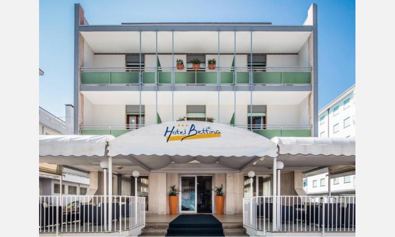 Hotel BETTINA: das Hotel