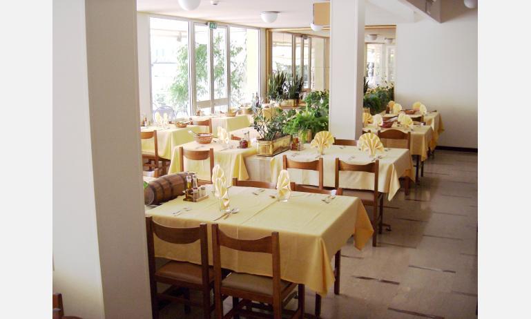 hotel GARDEN: ristorante