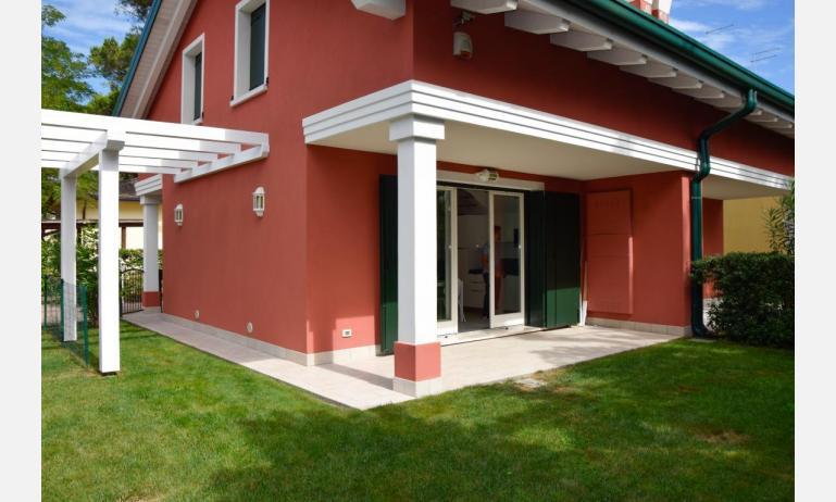 appartamenti Residenza GREEN MARINE: veranda (esempio)