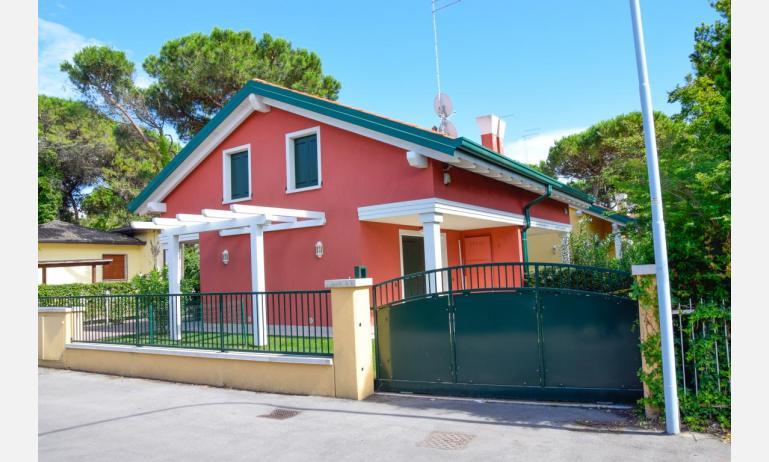 appartamenti Residenza GREEN MARINE: esterno villetta (esempio)