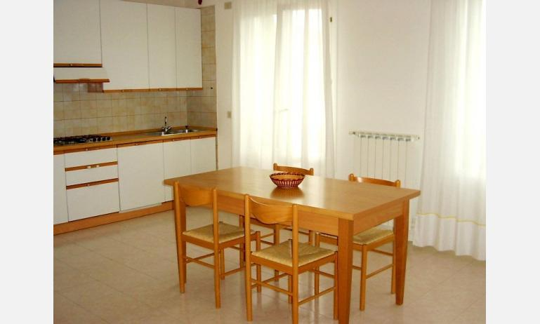 appartamenti TROPICI: angolo cottura (esempio)