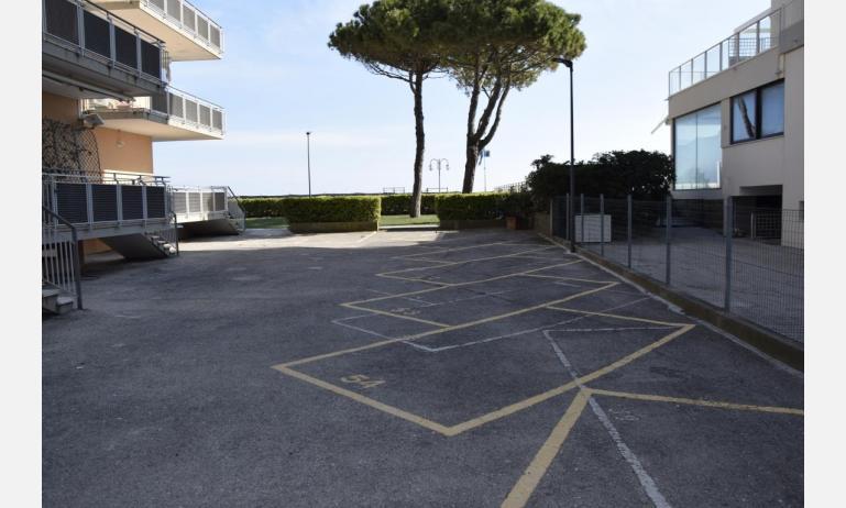 appartamenti VISTAMARE: parcheggio