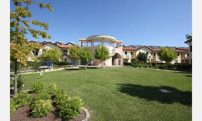 residence LA QUERCIA: area verde interna