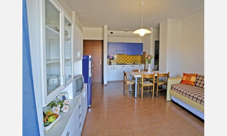 appartamenti SOGGIORNO ADRIATICO: angolo cottura (esempio)