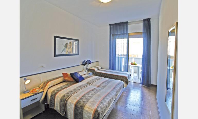 appartamenti SOGGIORNO ADRIATICO: camera (esempio)