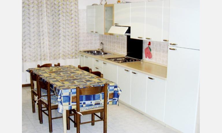 appartamenti LAURA: angolo cottura (esempio)