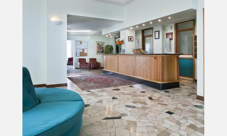 hotel LONDON: ricevimento
