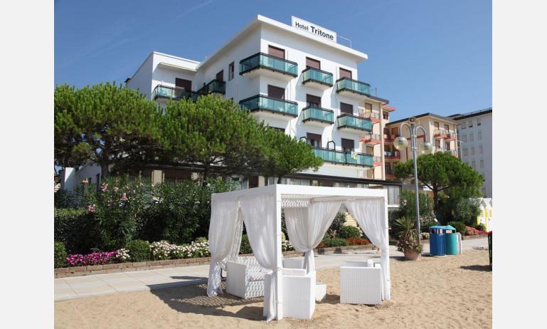 hotel TRITONE: esterno dalla spiaggia