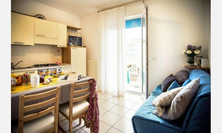 appartamenti RESIDENCE PLAYA: B5 - divano letto doppio (esempio)