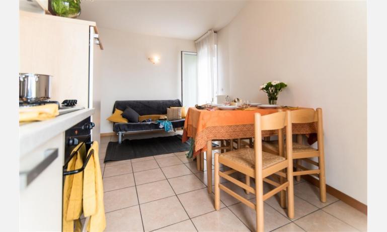 appartamenti RESIDENCE PLAYA: B5 - soggiorno (esempio)