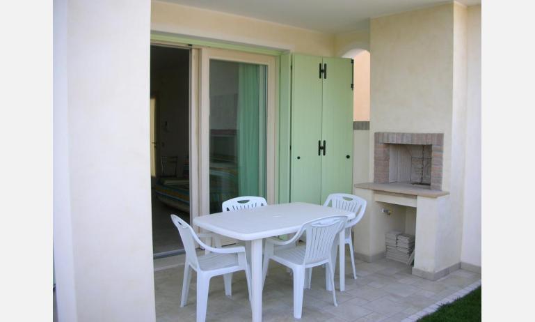 residence LE PALME: C6 - barbecue (esempio)