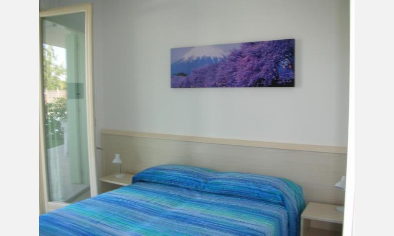 residence LE PALME: C6 - camera matrimoniale (esempio)