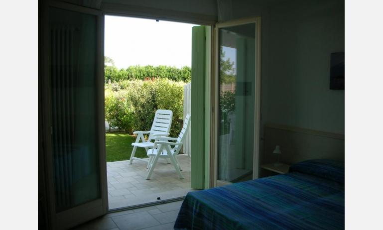 residence LE PALME: C6 - balcone con vista (esempio)