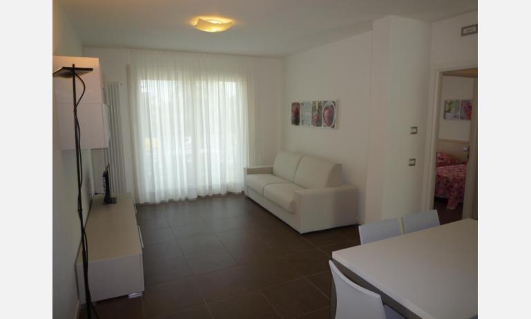 residence LE PALME: C6/PTX - soggiorno (esempio)