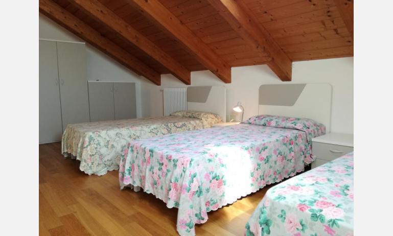 residence LE PALME: C6/PTX - camera tripla (esempio)