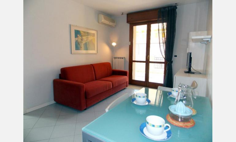 appartamenti SAN PIETRO D'ORIO: B4 - soggiorno (esempio)