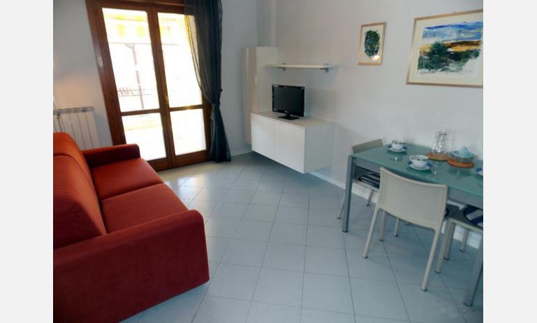 appartamenti SAN PIETRO D'ORIO: B4 - divano letto doppio (esempio)
