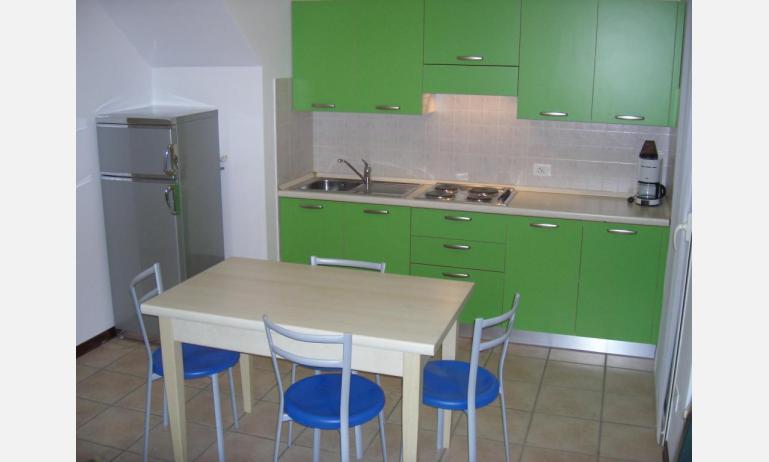 residence GIRASOLI: C7 - angolo cottura (esempio)