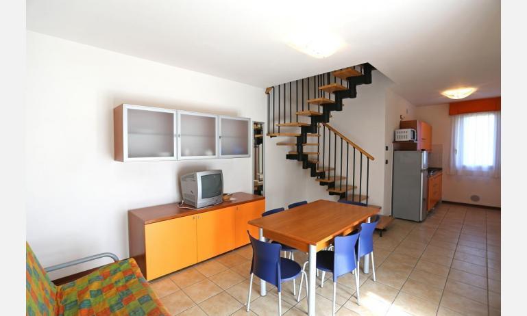 residence LA QUERCIA: B5V - soggiorno (esempio)