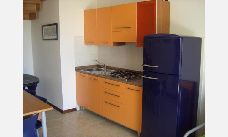 residence LA QUERCIA: C7V - angolo cottura (esempio)