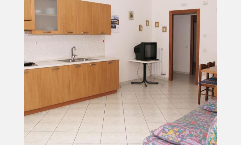 appartamenti LAURA: B4 - soggiorno (esempio)