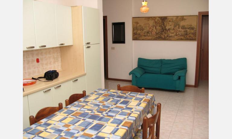 appartamenti LAURA: C6 - soggiorno (esempio)