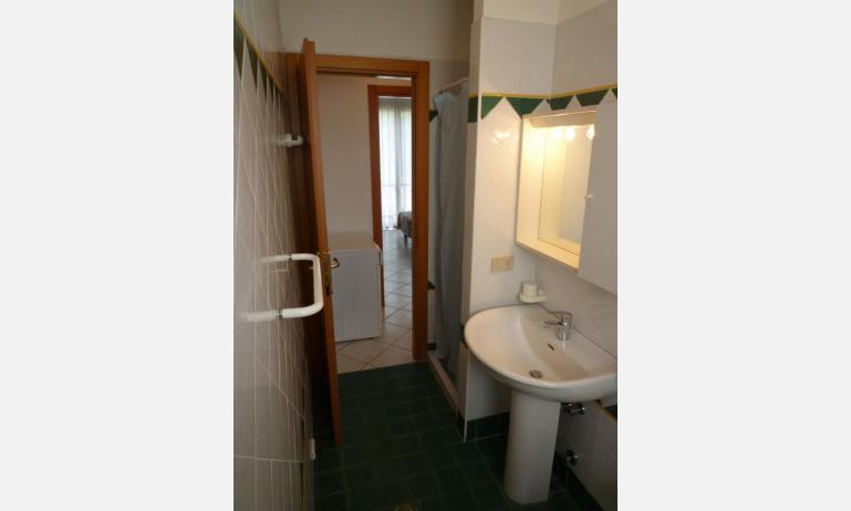 residence LE BRICCOLE: C5 - bagno (esempio)