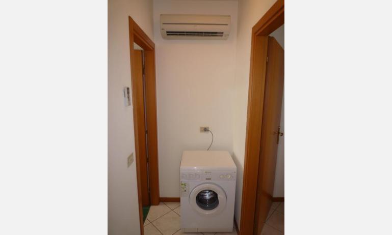 residence LE BRICCOLE: C5 - lavatrice