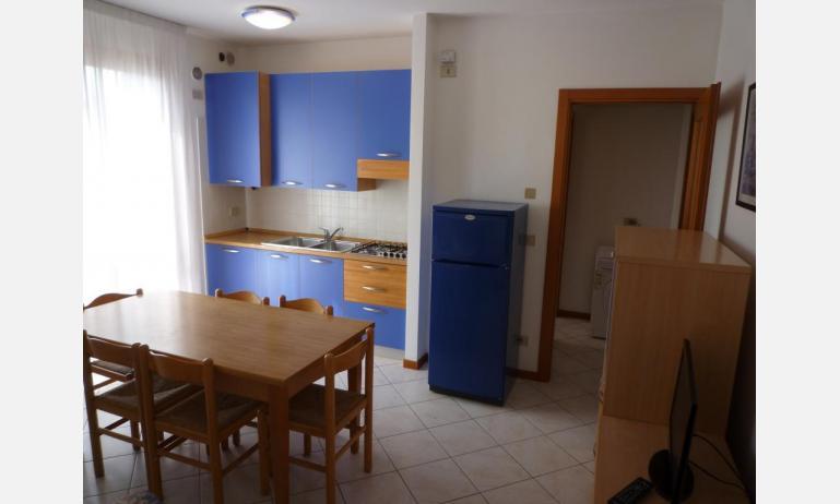 residence LE BRICCOLE: C5 - angolo cottura (esempio)