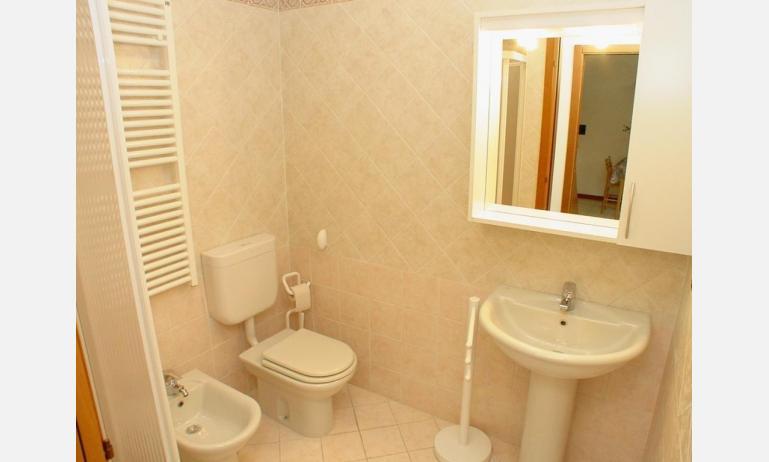 appartamenti TERME: B4 - bagno (esempio)