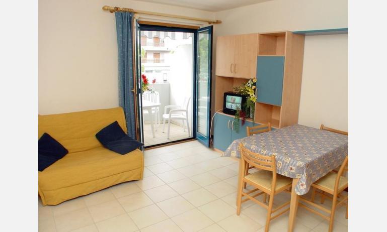 appartamenti TERME: B4 - soggiorno (esempio)