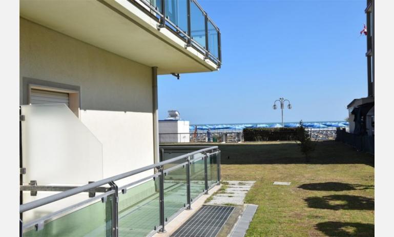 residence MEERBLICK: C5 - balcone con vista (esempio)