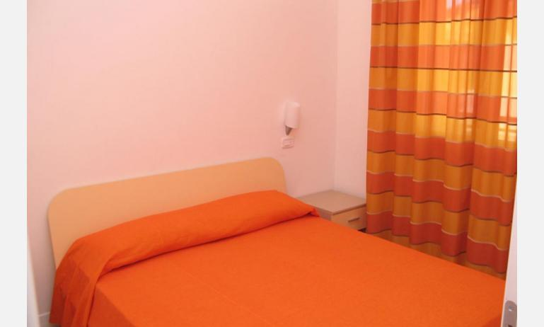 residence MEERBLICK: C5 F - camera matrimoniale (esempio)