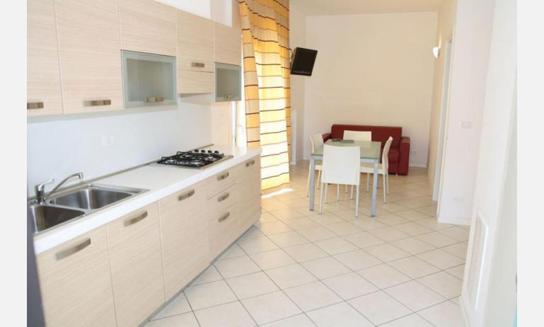 Residence MEERBLICK: C5 F - Kochnische (Beispiel)