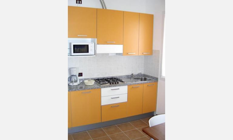 residence ALLE FARNIE: B4 - angolo cottura (esempio)