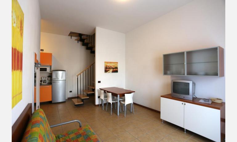 residence ALLE FARNIE: B5V - divano letto doppio (esempio)
